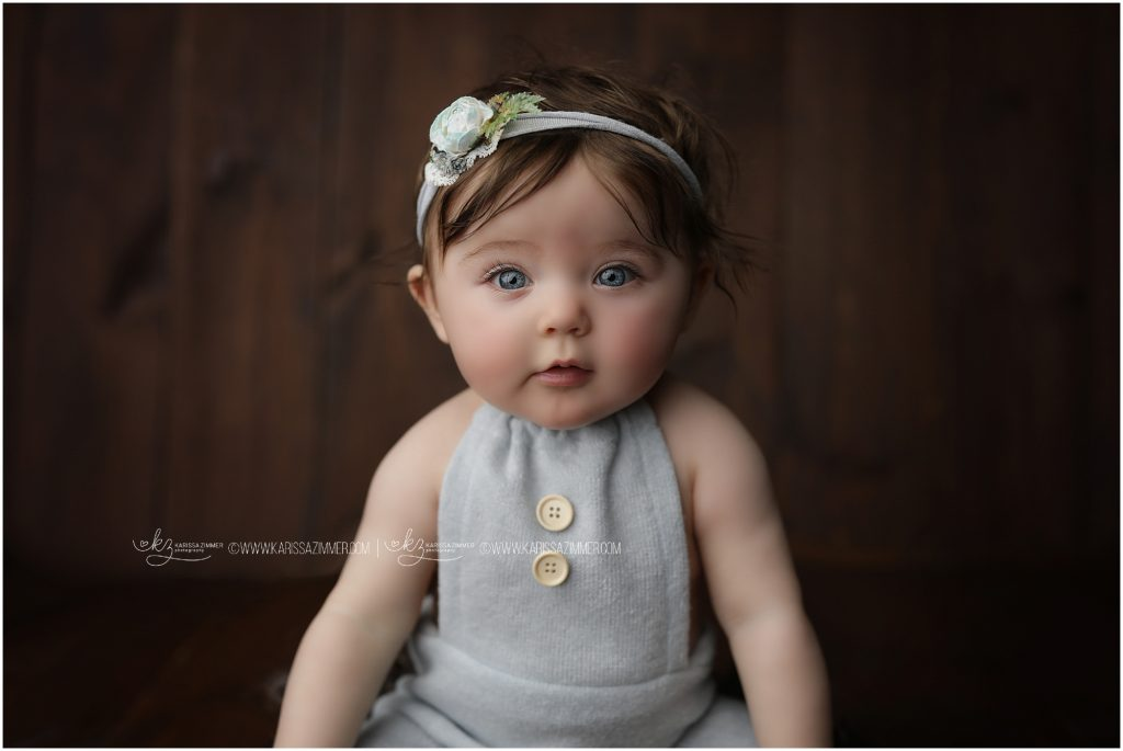 6 month old sitter session photography near 17055