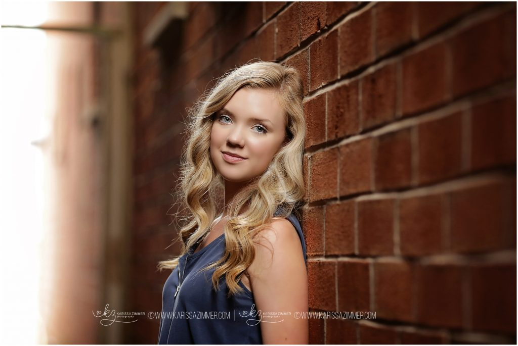 posed high school senior pictures by Karissa Zimmer photography