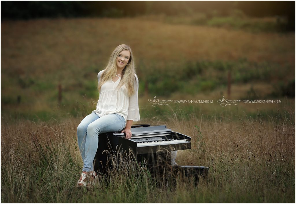 senior picture of girl with her piano photographed near hummelstown pa