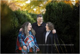 Who makes you laugh the most? Tag them below!  #camphillphotographer #camphillfamilyphotographer #familyphotographer #photographernearme #mechanicsburgfamilyphotographer #mechanicsburgphotographer #camphillpa #harrisburgfamilyphotographer #harrisburgpaphotographer #harrisburgpa #familyphotography #familyportraits
