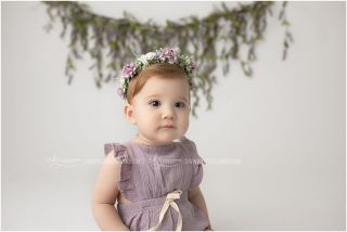 Molly girl's sweet little faces. Swipe 👉🏽 to see them all! . . . . . #firstbirthdayphotography #cakesmashphotographer #cakesmashsession #camphillbabyphotographer #camphillphotographer #camphillphotography #mechanicsburgphotographer #mechanicsburgbabyphotographer #harrisburgbabyphotographer #harrisburgfamilyphotographer #harrisburgphotographer