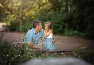 Daddy/daughter moments. Are these not the sweetest?! ❤️  #centralpafamilyphotographer #harrisburgfamilyphotographer #camphillfamilyphotographer